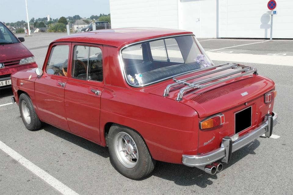 renault 8 s bordeaux une voiture de collection propos e par ric m. Black Bedroom Furniture Sets. Home Design Ideas